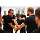 KRAVolution Krav Maga Self Defense Trainer Kurs